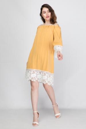 Φόρεμα Ριχτό με Ακάλυπτους Ώμους