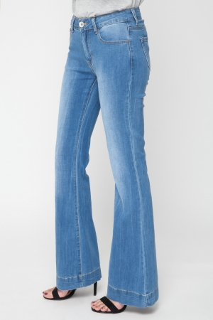 Cozy Flare Jeans