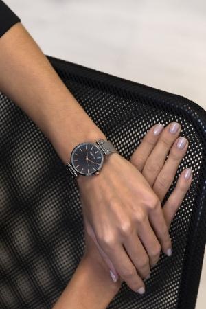 Ρολόι Loftys Kelly με ασημί μπρασελέ και μαύρο καντράν Y3409-20