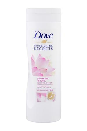 Dove Nourishing Secrets Glowing Ritual Body Lotion 400ml